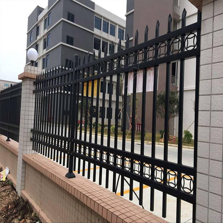 中山大企业隔离栏安装 肇庆小区外围护栏 江门工地锌钢围栏