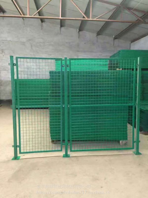 祥筑绿色铁网围栏锌钢护栏小区厂区围栏多钱一米