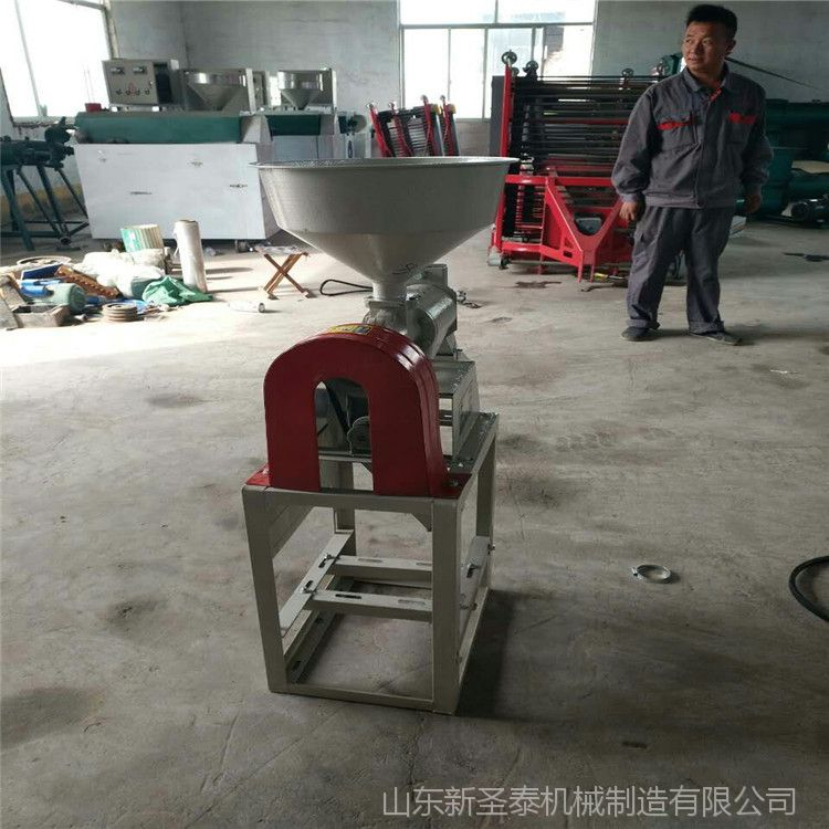 齿爪式饲料粉碎机 玉米饲料粉碎机 小型自吸式齿盘粉碎机