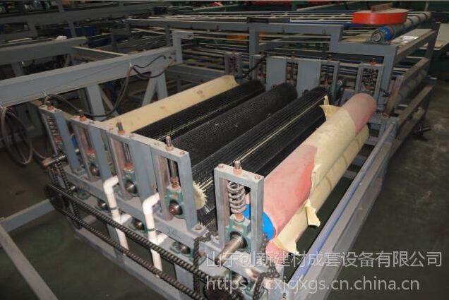 山东创新建材公司供应保温兔舍机械、保温兔舍设备机器