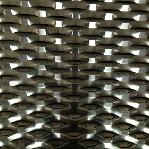 轻型钢板网用途/菱型轻小型钢板网生产厂家【冠成】