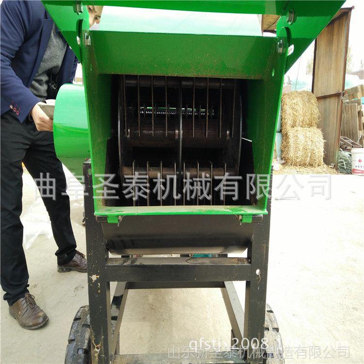 山东供应六吨干湿秸杆粉碎机 揉草机价格优01