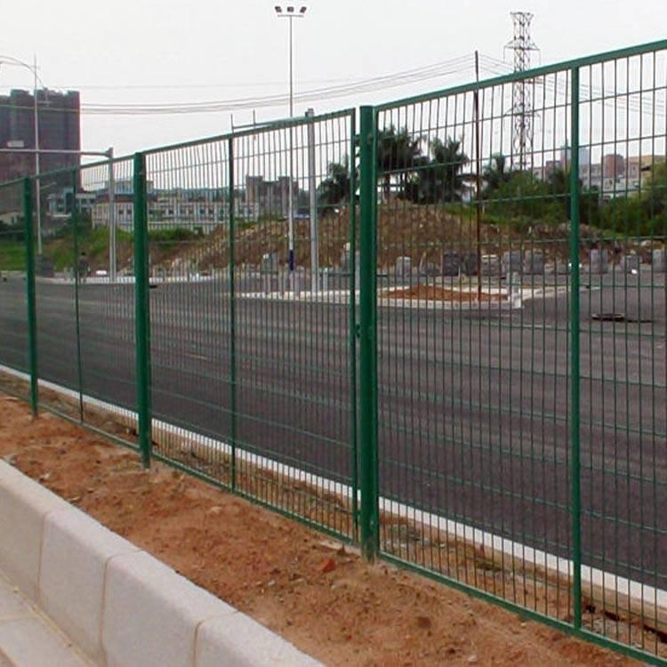 浸塑边框护栏 惠州市政绿化带护栏现货 清远边框围网