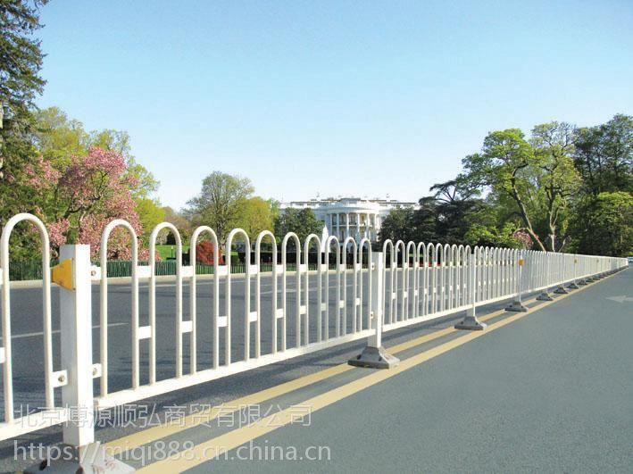 HC临沂锌钢道路护栏,临沂锌合金河道围栏,组装草坪隔离栏,Q235铝艺围墙栏杆,