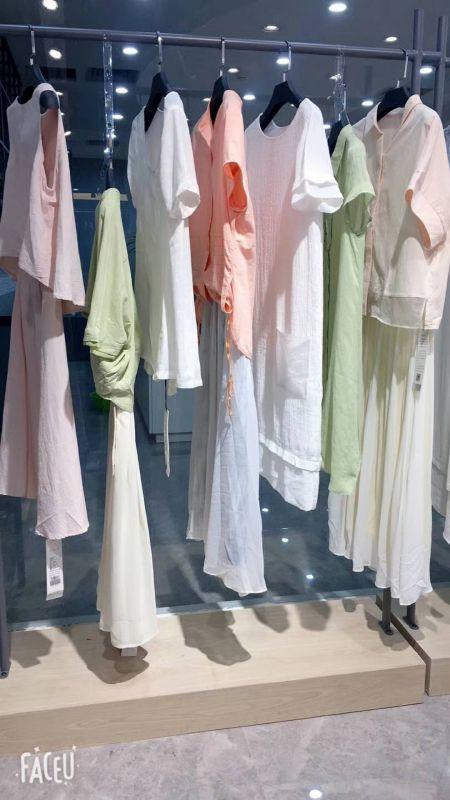 唯品会品牌折扣女装尘色上海女装批发市场女装库存批发