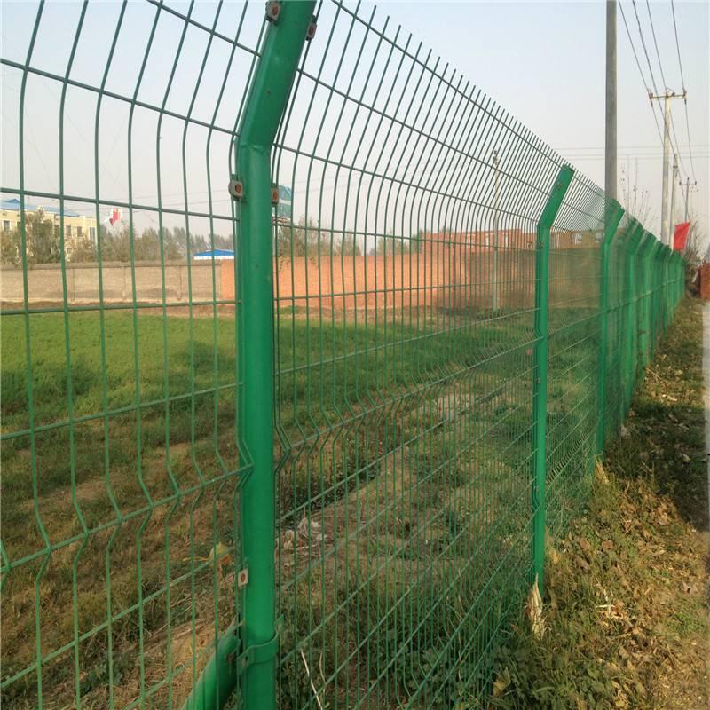 双边丝护栏网 高速公路围栏网 小区围墙防护网