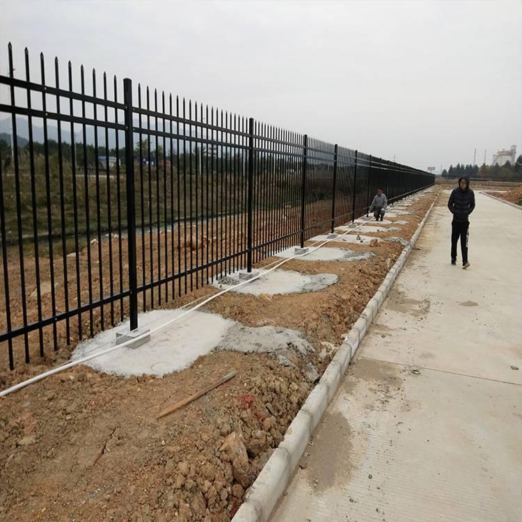 佛山围栏组装防护栏 广州定制隔离栏厂家 珠海学校锌钢栅栏