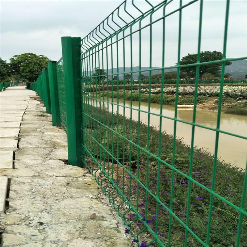 包塑护栏网 生态护栏网 围墙铁丝网围栏