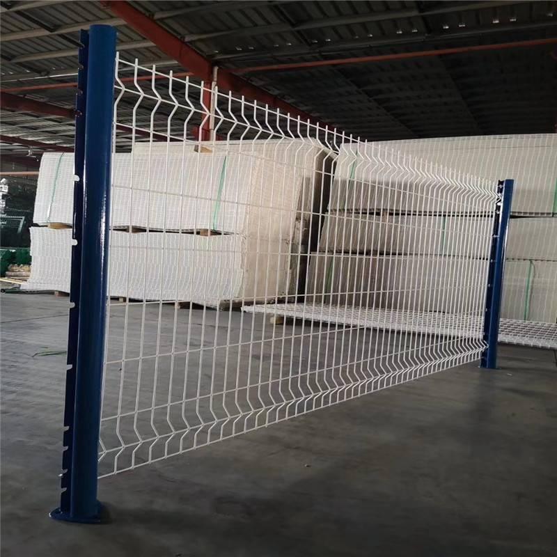 围栏网厂家 铁路护栏网 铁网围栏