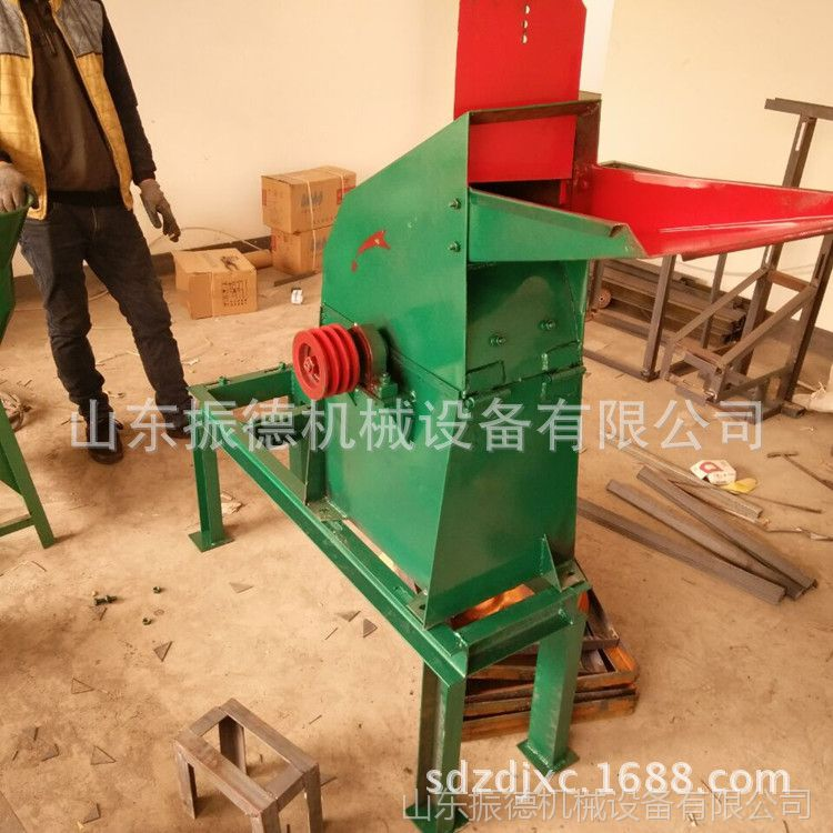 供应 新型锤片式粉碎机 高效率秸秆粉碎机 振德牌 小型饲料粉碎机