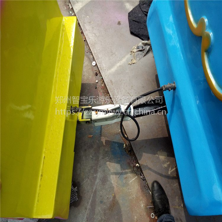 智宝乐游乐设备厂家直销 观光无轨小火车 无轨电动小火车 优质玻璃钢制造