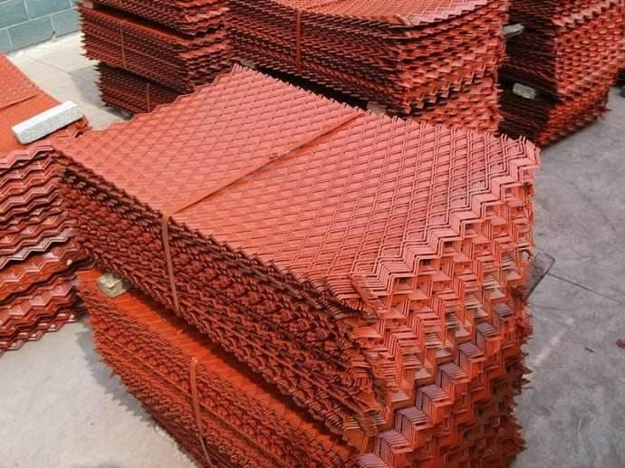 涂漆钢板网生产厂家/菱型喷漆钢板网【冠成】