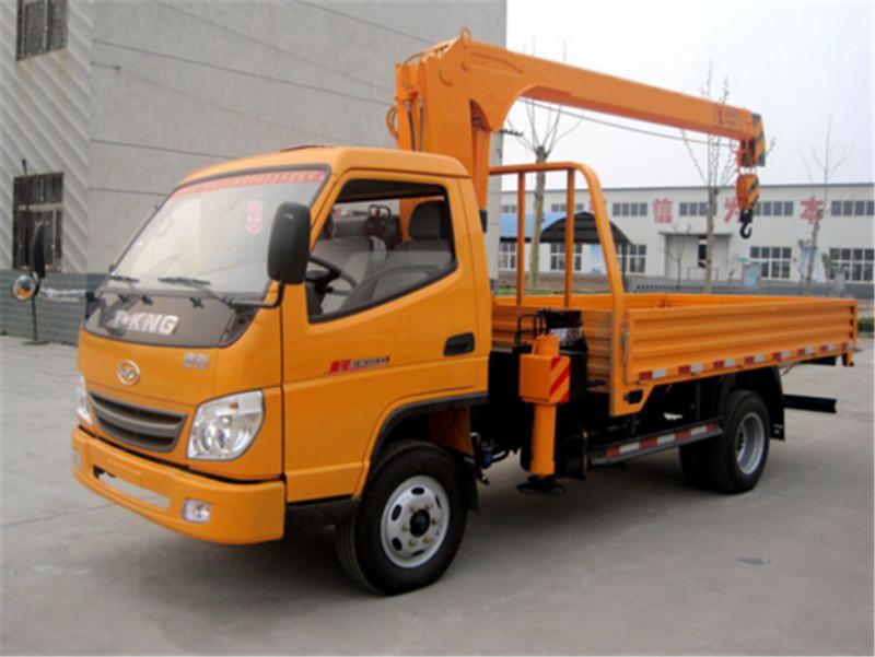 国五唐骏蓝牌3.2吨随车起重运输车多少钱