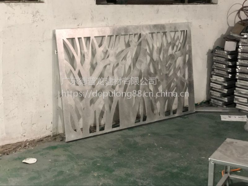 外墙立面超厚板树型铝单板哪里有专业团队介绍