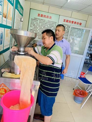 桥头免费学习豆腐技术,东莞麻涌做豆腐小型机器,自动大岭山豆腐机