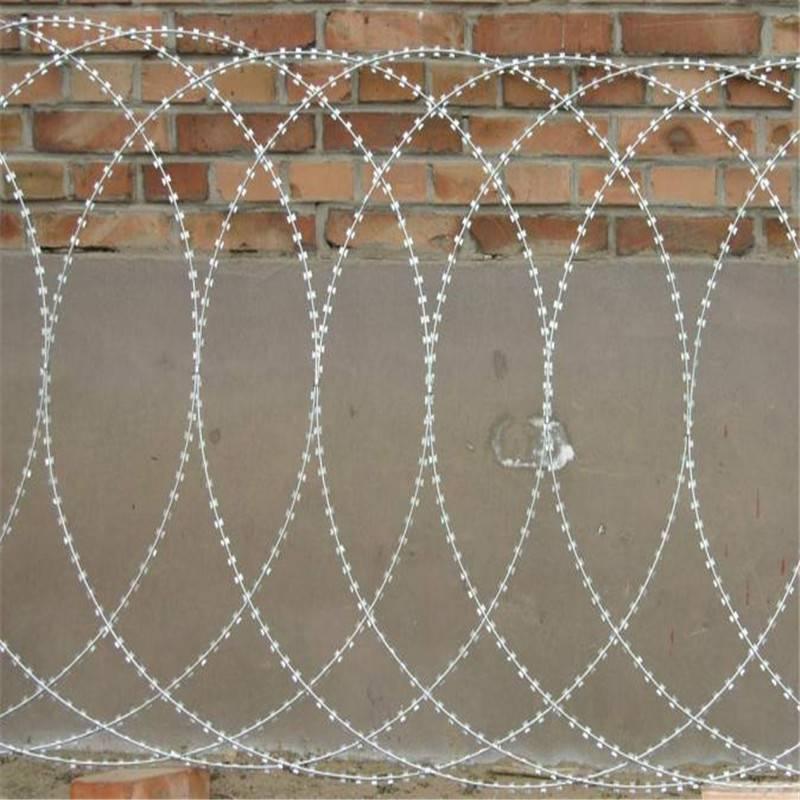 刀片刺网防护网 刀片刺绳厂家 刺绳