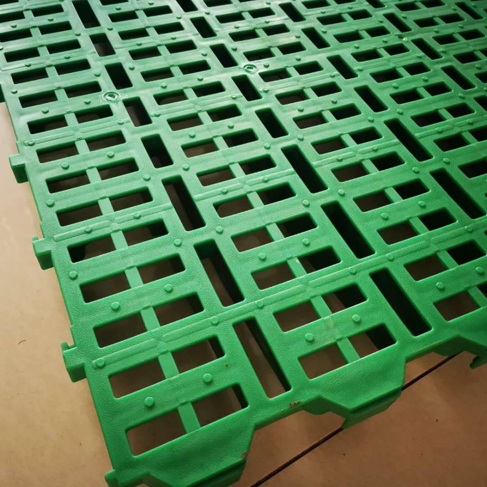 羊圈用漏粪板效果图 塑料羊床厂家 漏粪板批发