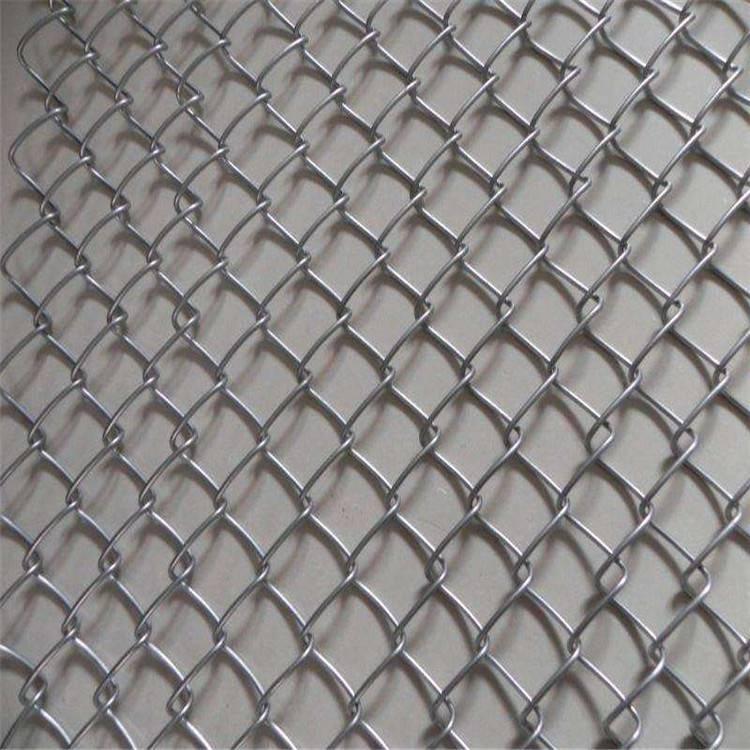 批发勾花护栏网 网球场隔离网 安全护栏供应