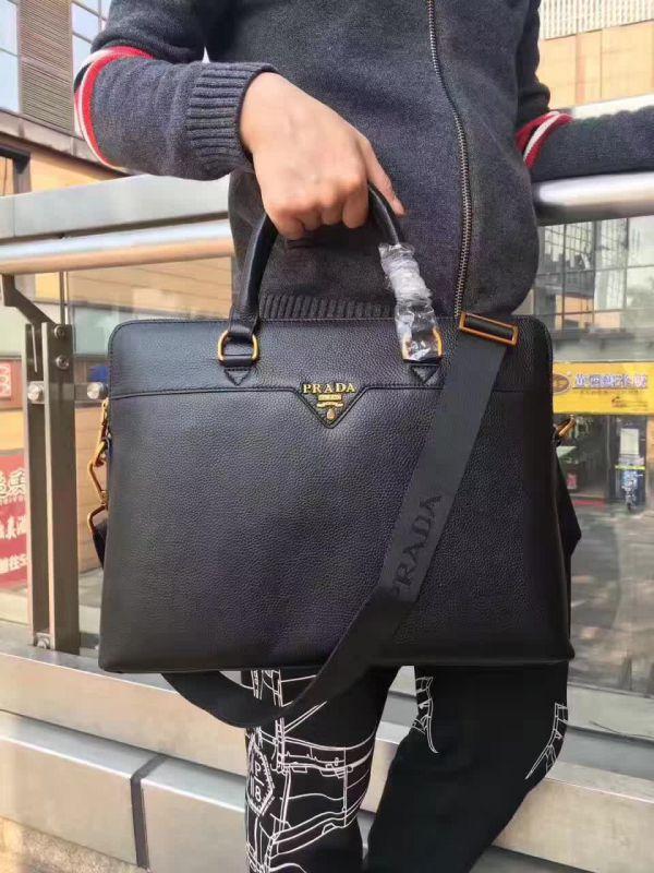 高仿巴宝莉新款包包