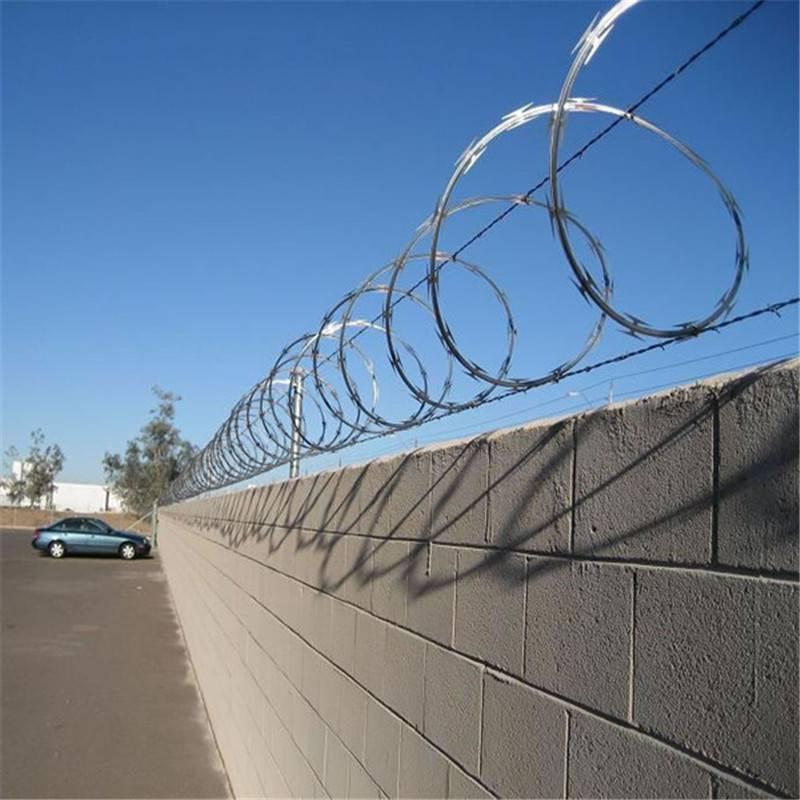 刀片刺绳规格 福建刀片网 刺绳围栏