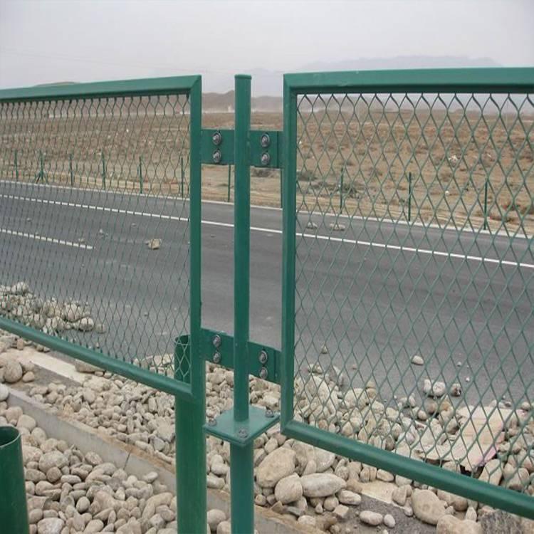 中山公路护栏网 韶关桥梁防护网 湛江隔离网防落网现货