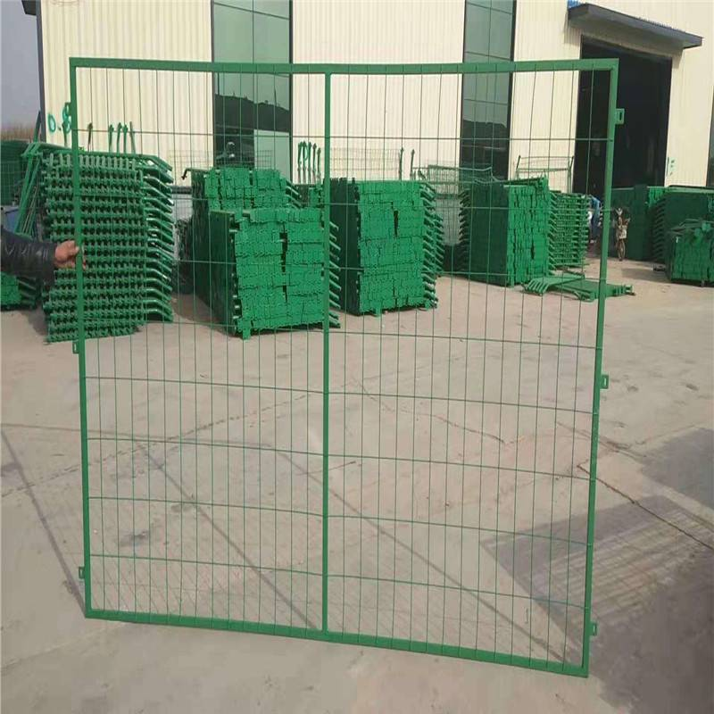 护栏网标准 护栏网现货 围栏网厂家