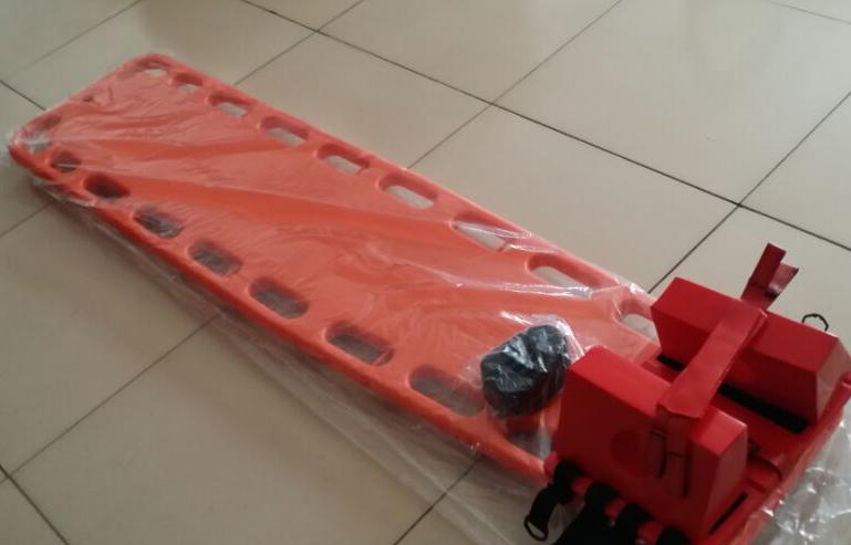 泳池救生器材全系列供应 蓝易泳池设备厂家优惠直销