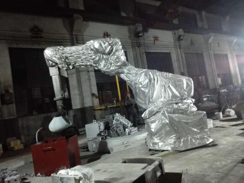 江苏壹利特机器人浇铸工作站