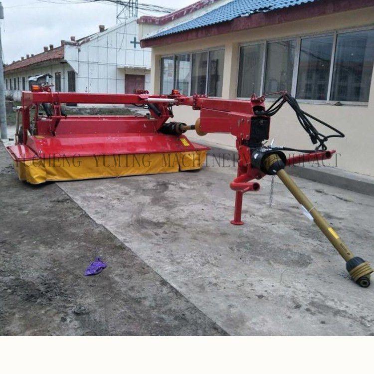 禹鸣割草压扁机价格 大型拖拉机牵引艾蒿苜蓿收割压扁机器