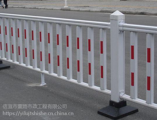 护栏标准的锌层是多厚?广东交通安装防阻栏,高速公路防护栏,道路交通标志加工商家