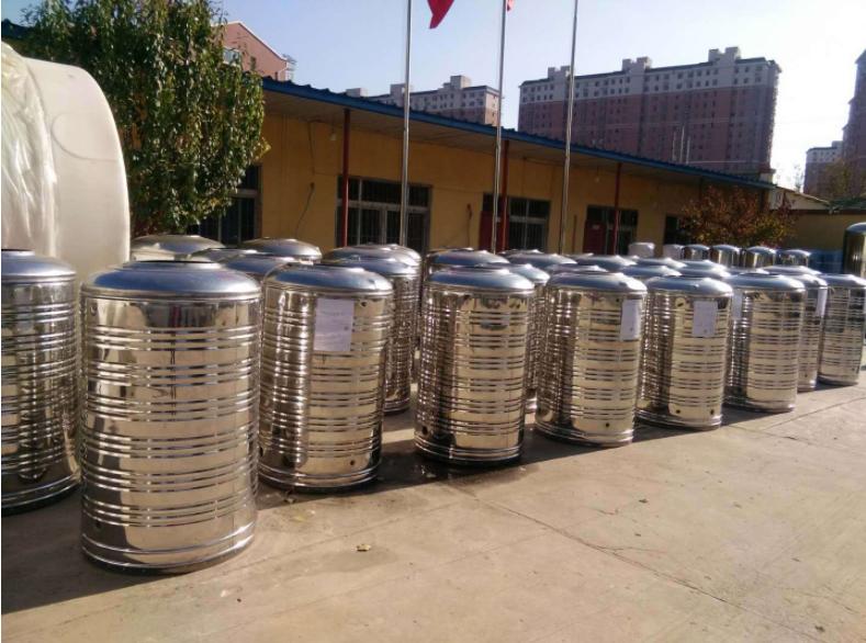大量供应北京304不锈钢空气能保温水箱