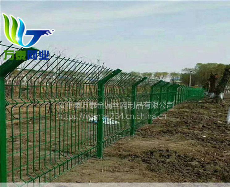 内蒙古草原围网 圈地绿色铁丝网 绿色浸塑铁丝围栏