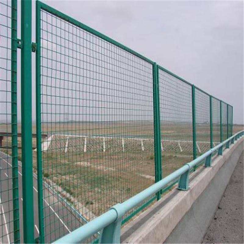 边框防护网 厂区围墙护栏 铁丝网批发