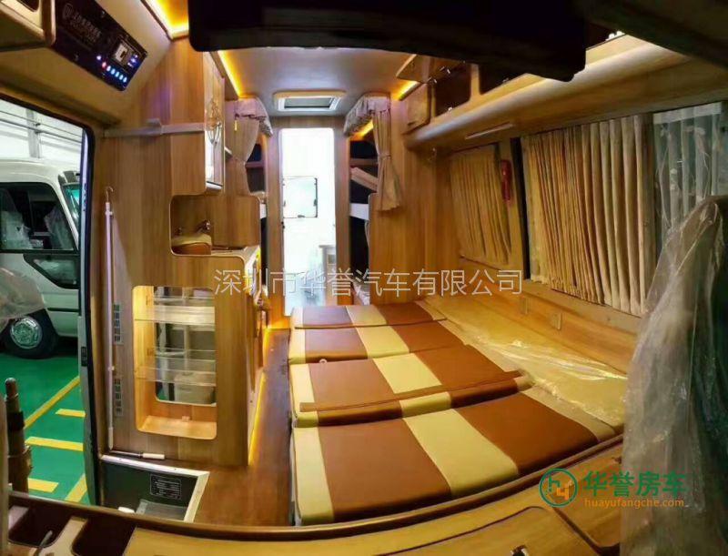 华誉房车告诉您丰田中巴考斯特汽车内饰翻新要多少钱