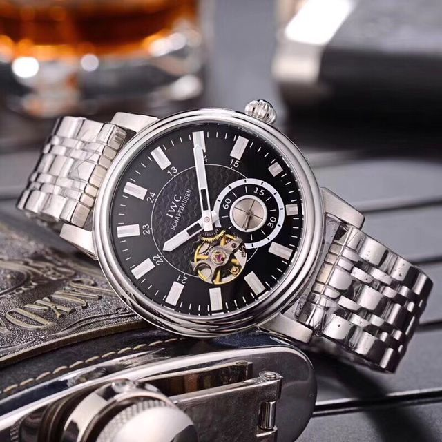 哪里有卖高仿伯爵手表,一比一厂家直销