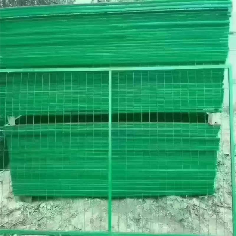 围墙护栏网价格 工地护栏网 围墙绿色铁丝网批发