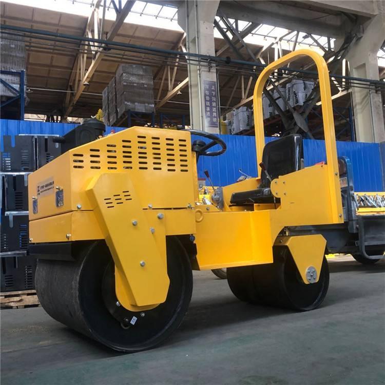 座驾双钢轮压路机 3吨柴油压路机 力奥直销