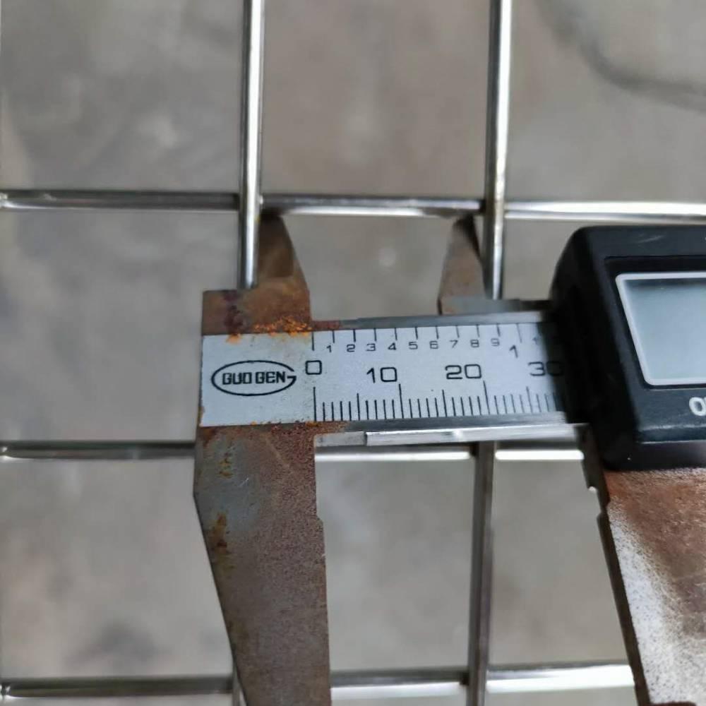 河北厂家直销不锈钢网片6毫米粗5公分孔超强承重力简易墙专用网片