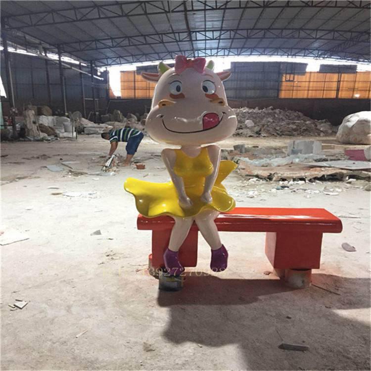 定做玻璃钢卡通动物座椅雕塑,中山玻璃钢商场雕塑