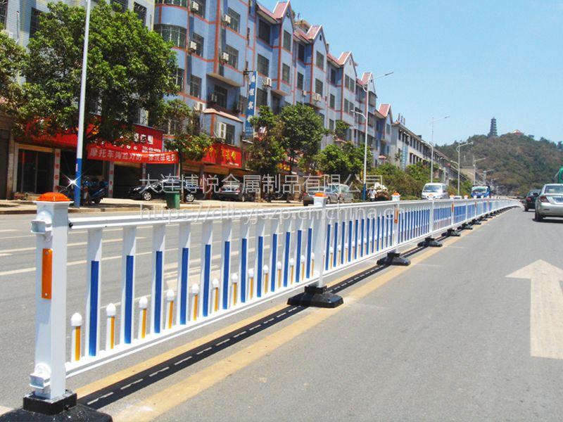 哈尔滨交通护栏 哈尔滨市政护栏 PVC围栏】等镀锌钢护栏厂【厂家直销】