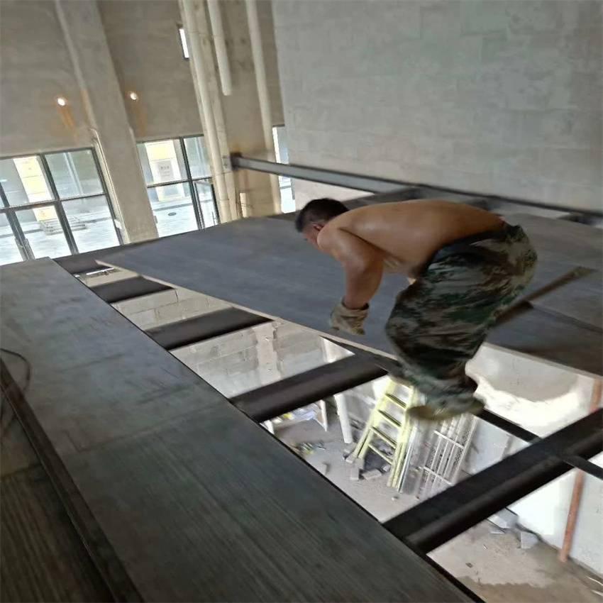 湖南湘潭复式夹层楼板钢结构20mm水泥纤维板厂家历经千锤百炼