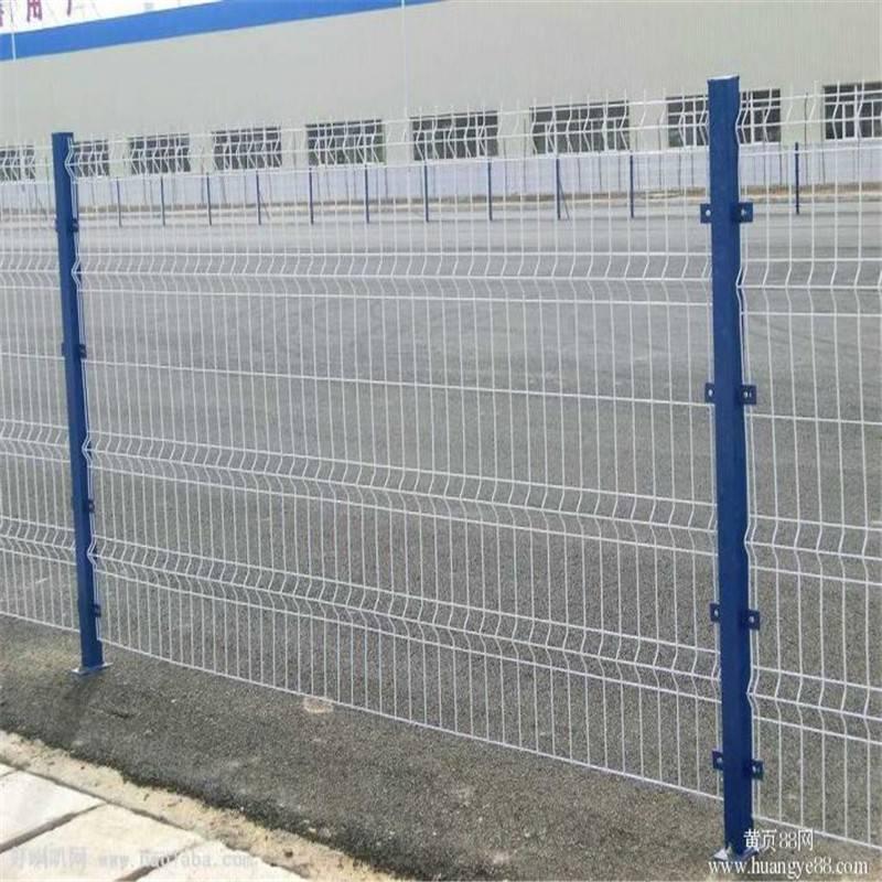 钢丝护栏网 围墙网厂家 镀锌护栏网