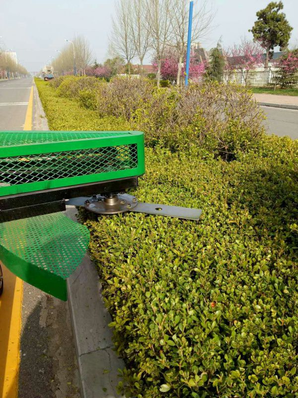 山东济宁现在研发出手推式平剪侧剪绿篱机了求围观