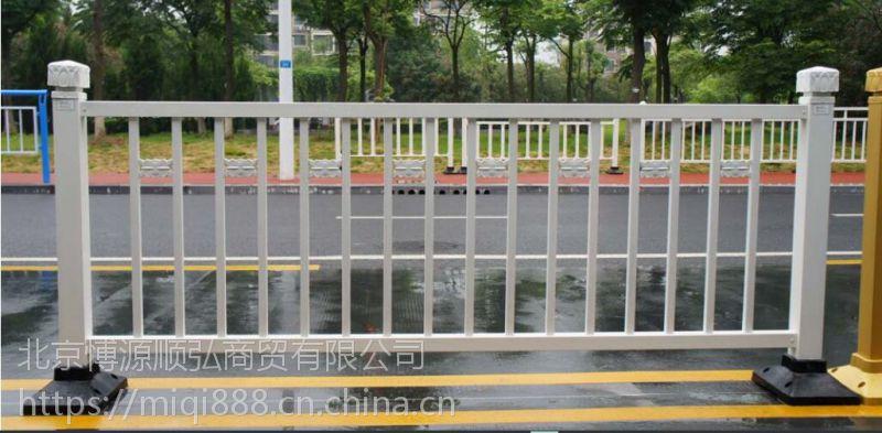 长治京式道路隔离栏,Q235长治锌钢道路护栏,仿竹节篱笆栅栏,锌合金围墙护栏HC,