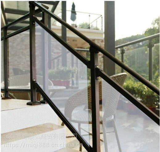 Q235威海热镀锌楼梯扶手,威海喷塑楼梯护栏,仿木纹靠墙扶手HC,克莱丁护窗栏杆