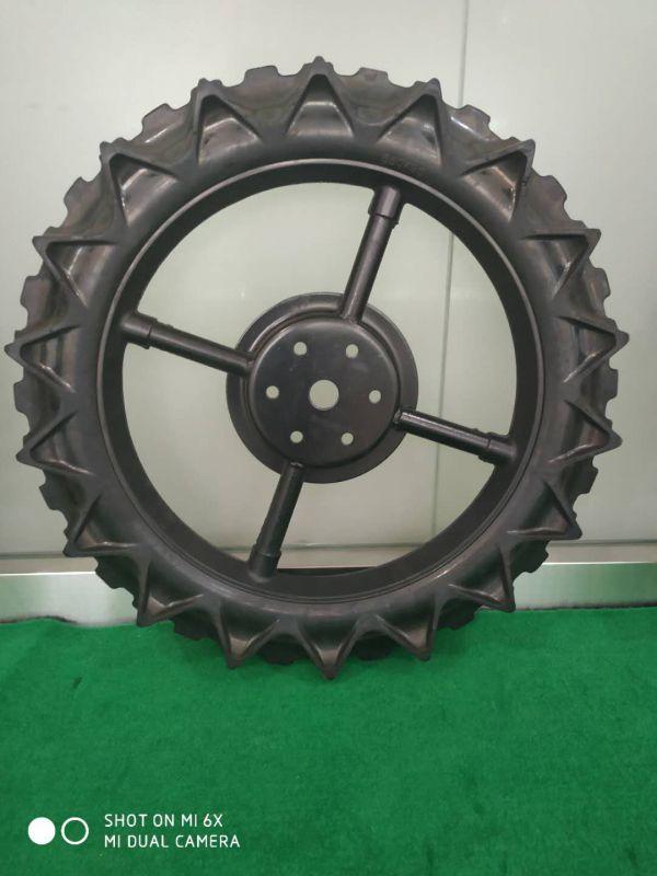 多种规格的插秧机轮子