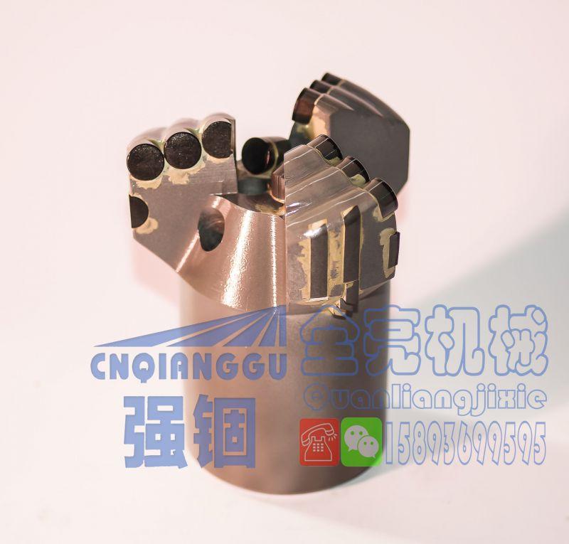 强锢高强度113内凹三翼金刚石复合片不取芯钻头 PDC无芯钻头