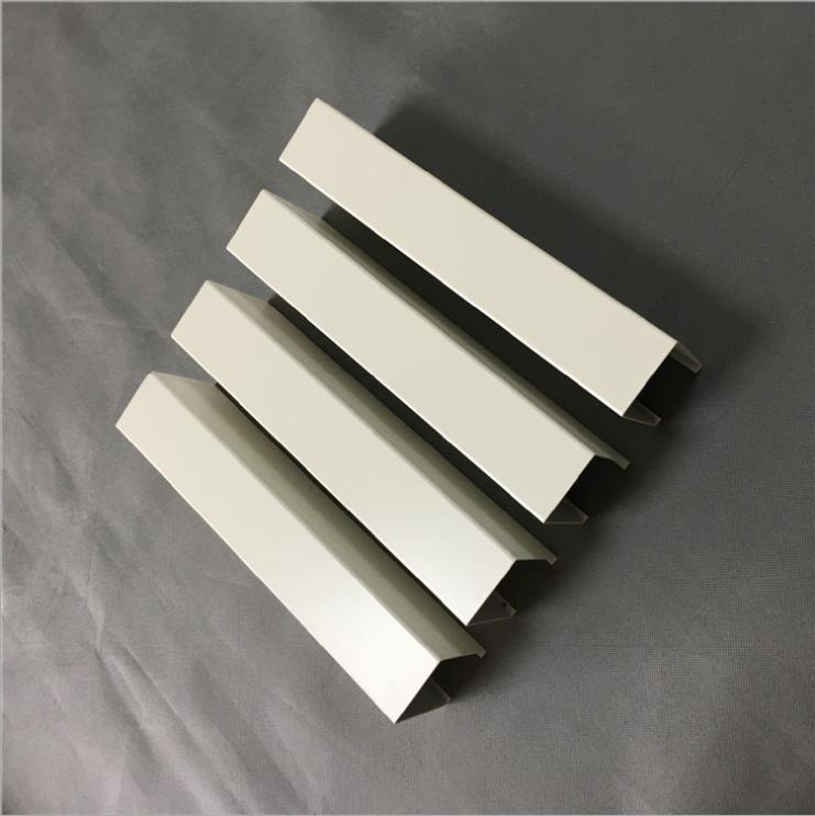 供应扬州木纹铝方通吊顶 白色铝方通报价