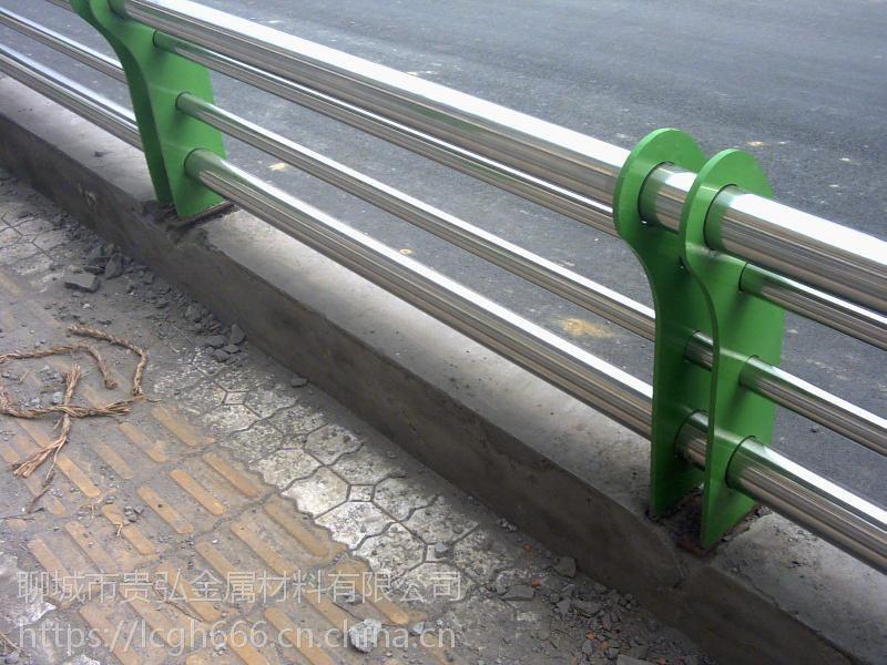 销售304不锈钢复合管护栏,不锈钢复合管***新报价