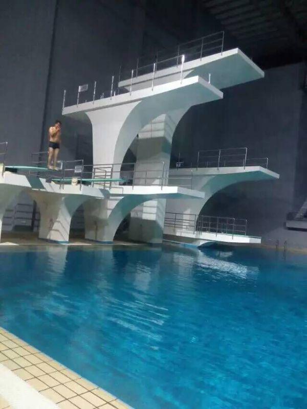 专业泳池比赛器材厂家直销 泳池配套设备优惠供应